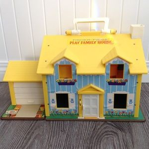 ⭐️Vintage 1969 Fisher Price House⭐️